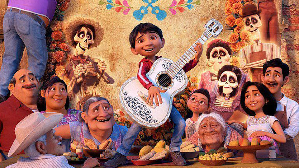 960x540coco_spanish_family_poster-2